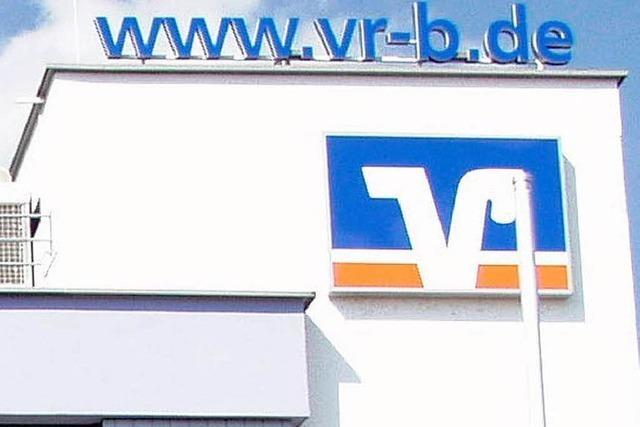 VR-Bank Schopfheim steigert Einlagen
