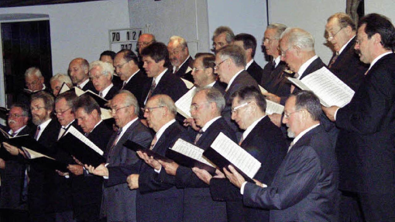 Der Männergesangverein Hauingen feiert Jubiläum.   | Foto: Paul Schleer