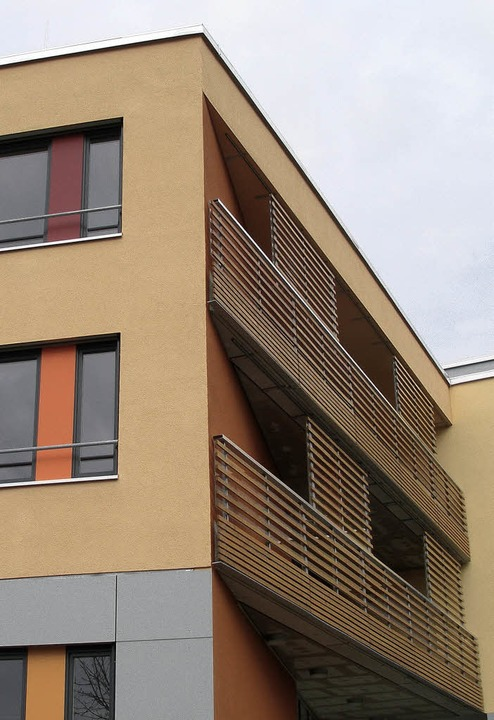 Die Außenfassade  und die Innenausstat...en  besticht durch wohnliche Farben.      Foto: Barbara Schmidt