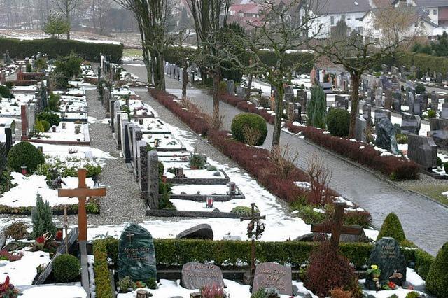 Der Friedhof wird größer