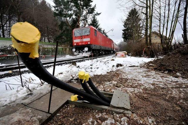 Wiehre: Bahn baut einen 25 Meter hohen Funkmast