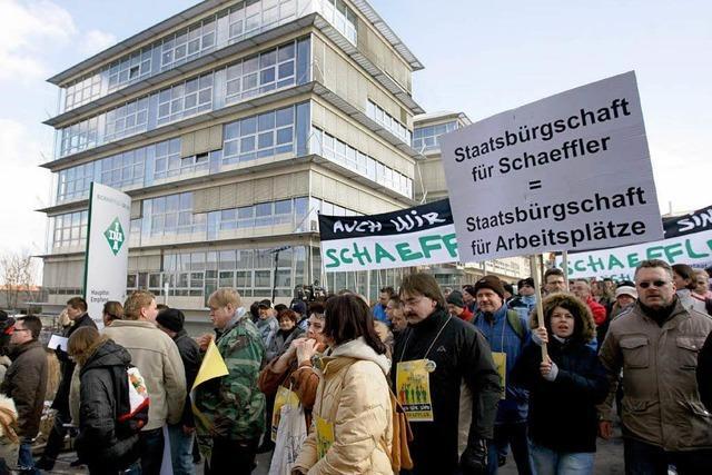 Schaeffler-Beschäftigte gehen auf die Straße