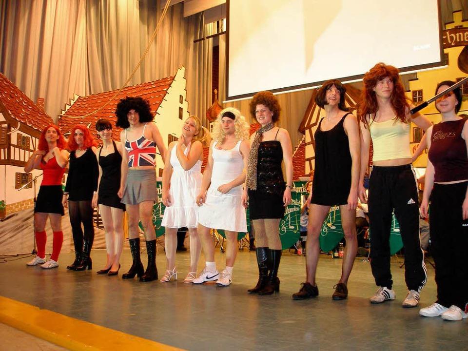 <Bildtext>Beim Bühnenprogramm durften ...ännerballett nicht fehlen. </Bildtext>  | Foto: Barbara Schmidt