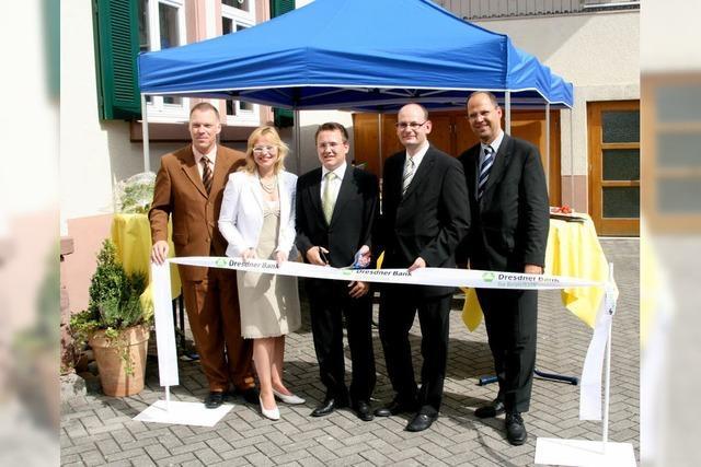 Dresdner Bank jetzt im Büro der Allianz präsent
