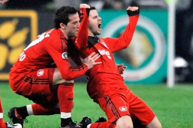 Bayer schießt Bayern aus dem Pokal