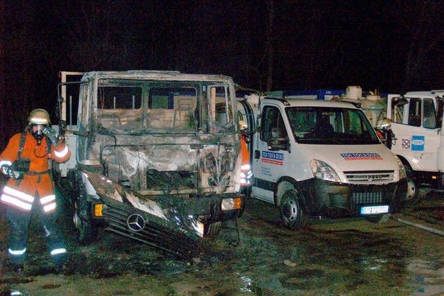 Drei Laster brannten aus