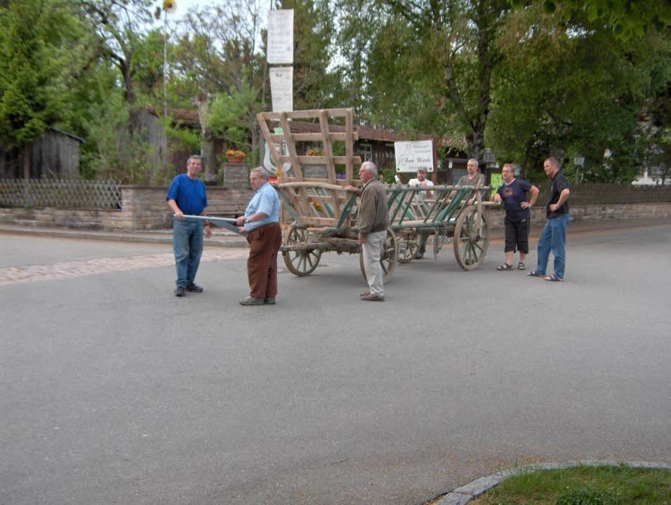Leiterwagenfest in Dittishausen: Erste...um Georg Rieple und Karlheinz Rontke.     Foto: Privat