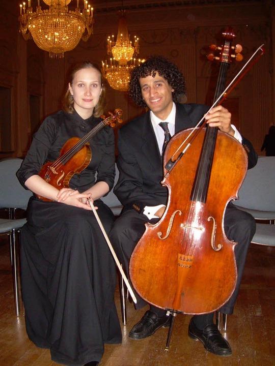 Das Abel-Duo: Die Geigerin Anna Petrov... Violoncellist Yorick-Alexander Abel.     Foto: Privat