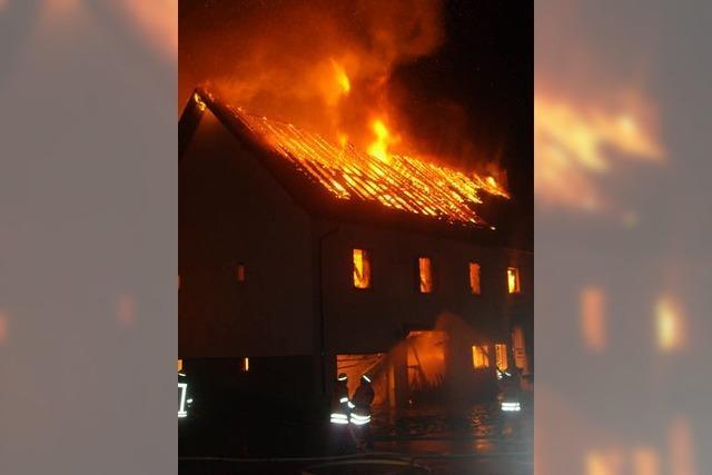 Brand zerstört Wohnhaus