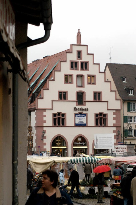 Das Kornhaus am Münsterplatz wurde jetzt verkauft.     Foto: I. Schneider