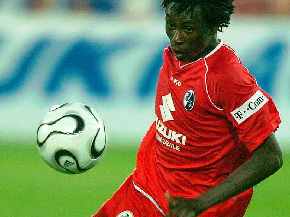 Bis zur Saison 2006/07 war Suzuki Trikotsponsor des SC Freiburg  | Foto: Michael Heuberger