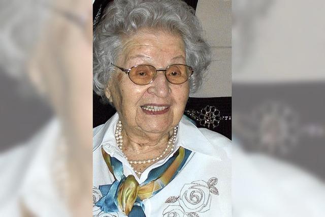 Emmi Schmalz 105 Jahre alt