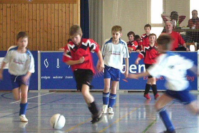 Jugendkicker mit Elan am Ball