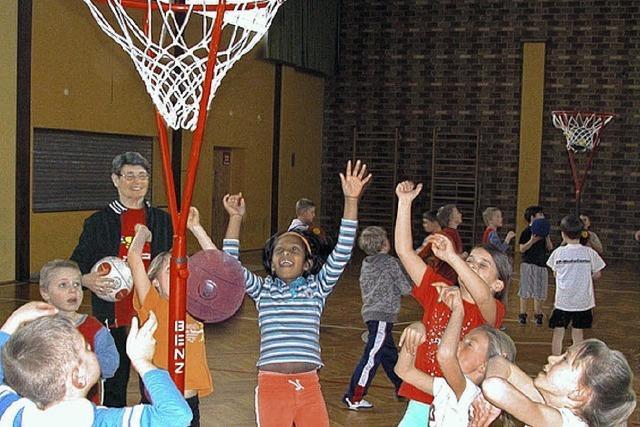 Ballsportgruppe trainiert wieder