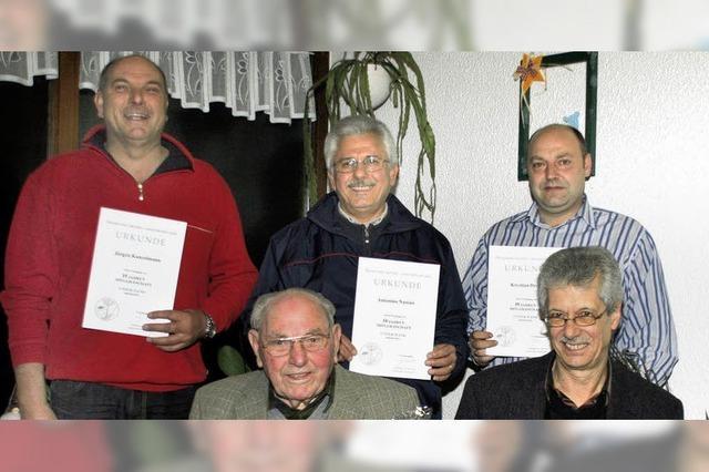Nach 50 Vereinsjahren zum Ehrenmitglied ernannt