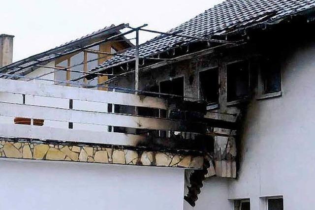 Dachstuhl brennt in Niederschopfheim