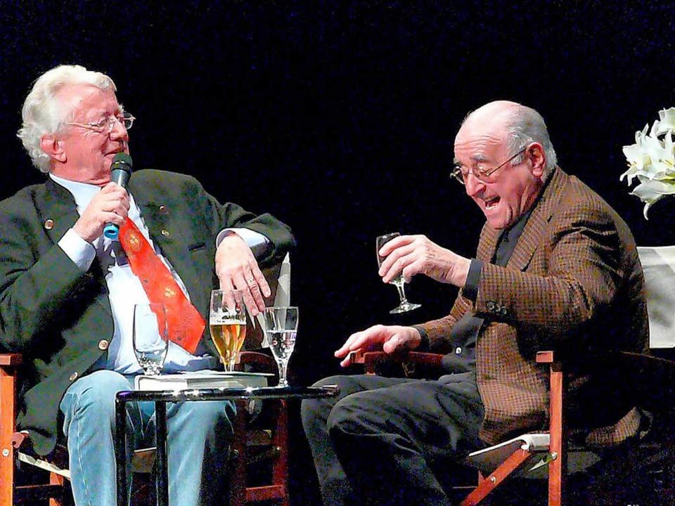 Dieter Thomas Heck 2007 bei seinem Auftritt in Offenburg mit Alfred Biolek.  | Foto: Frank Leonhardt