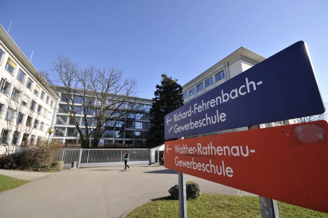 Drohung mit Folgen: An der Richard-Feh...le konnten die Schüler daheim bleiben.  | Foto: Ingo Schneider