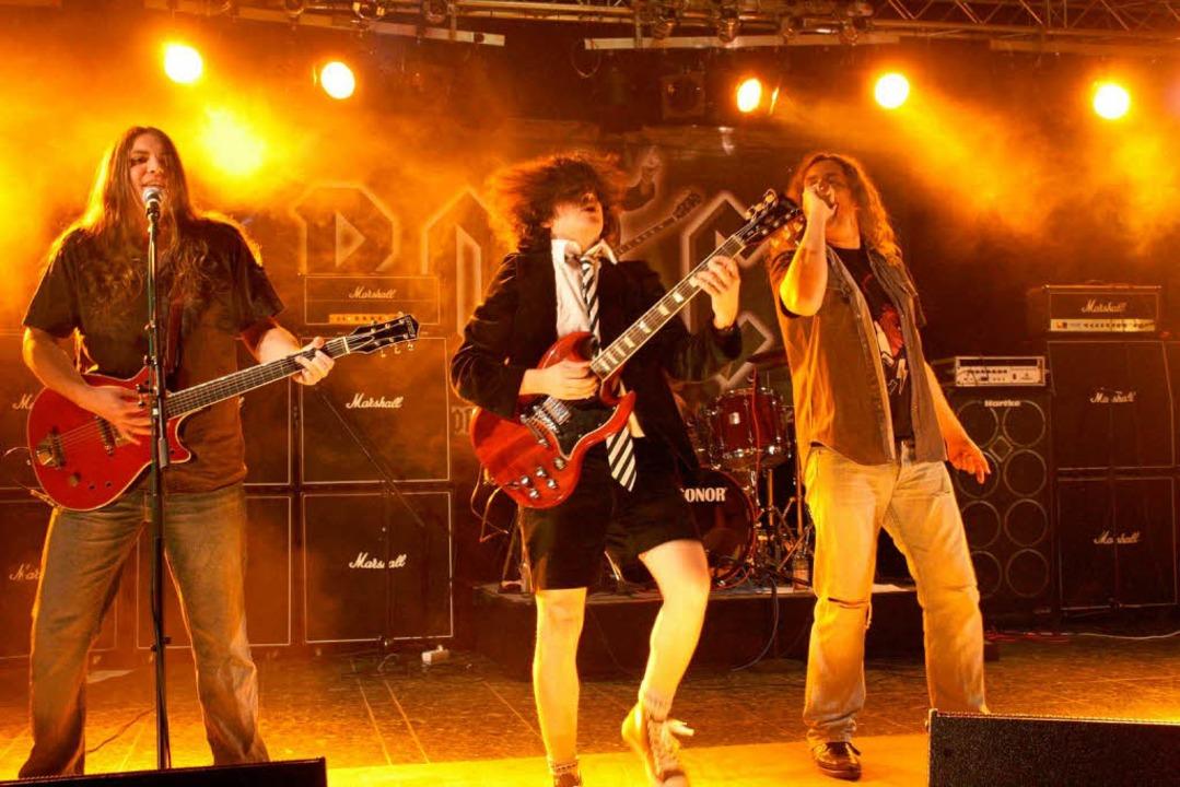 """Rock -The AC/DC Show"" im Faust-Gymnasium.   | Foto: H. J. Kugler"