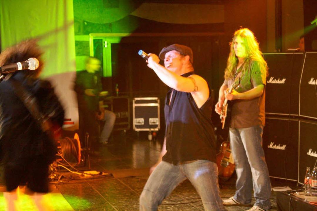 """Rock -The AC/DC Show"" im Faust-Gymnasium."