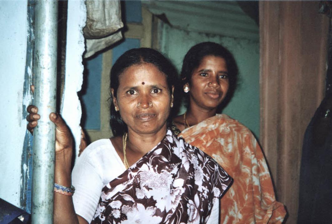 Die Müllsammlerin Kumari (vorne)  | Foto: Wolter