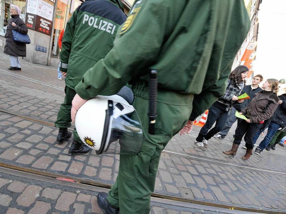 Polizeieinsatz: Jetzt wird gegen Mitgl...o  im  Dezember 2008 aufgerufen haben.    Foto: Ingo Schneider