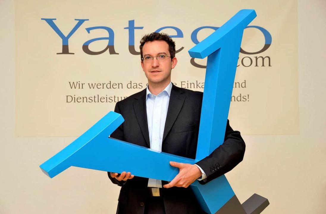 Auf Shoppingtour im Netz mit Stephan Peltze von Yatego.  | Foto: Thomas Kunz