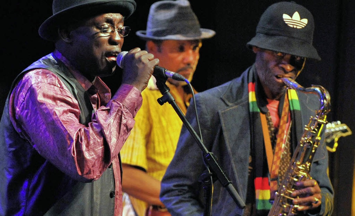 Meister des schmelzenden Groove:  Balla Sidibe und Issa  Cissokho (rechts)   | Foto: André Roos
