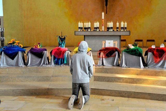 Tausende nehmen Abschied von Amok-Opfern