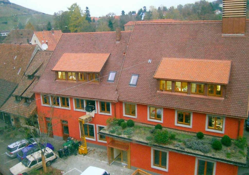 Wird stufenweise evakuiert: Hinteres Rathausgebäude in Staufen  | Foto: Stadt Staufen