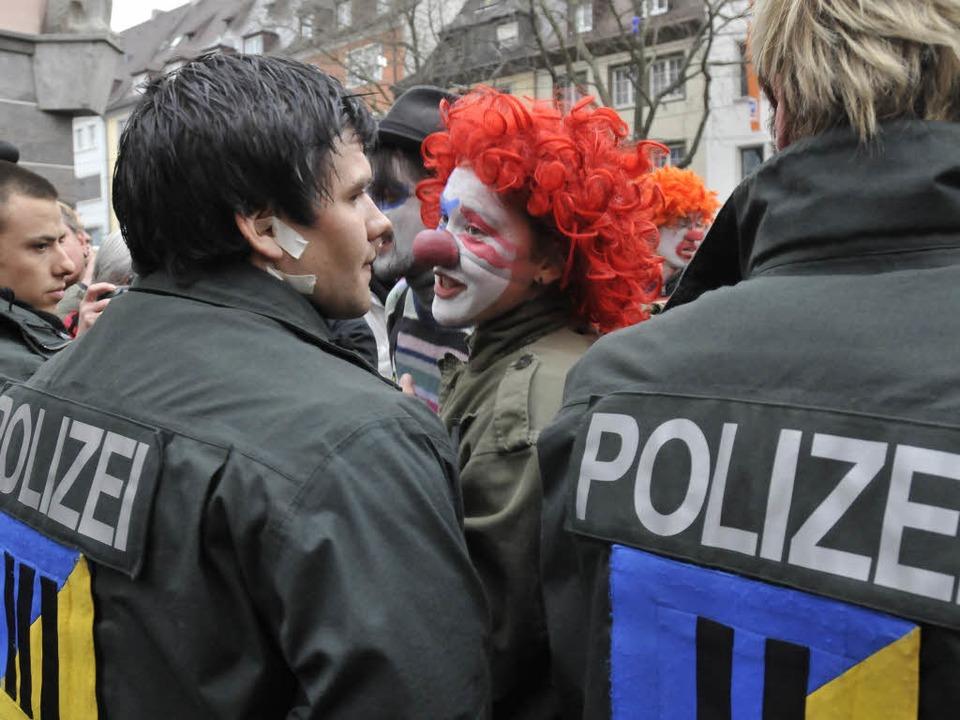 Demonstration gegen den Nato-Gipfel in Freiburg.  | Foto: Ingo Schneider