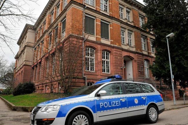 Bombendrohung an der Karlschule: Bewährung für Trittbrettfahrer