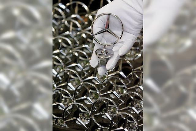 Daimler tritt die Kostenbremse