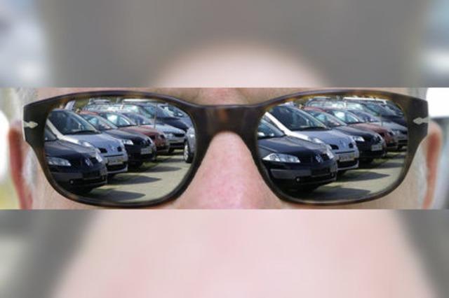 Bilder des Tages: EIN FAST NEUES AUTO