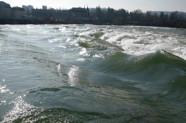 Rhein für Boote zu gefährlich