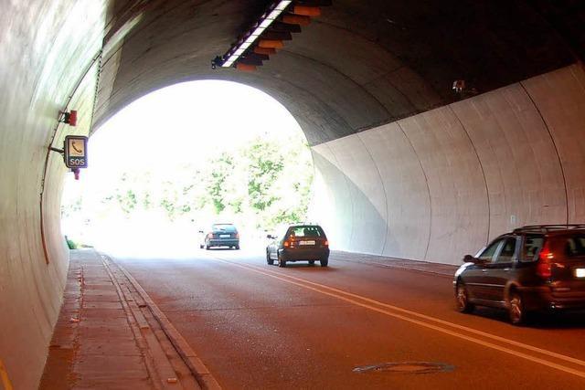 Frontalaufprall am Tunnel-Westportal