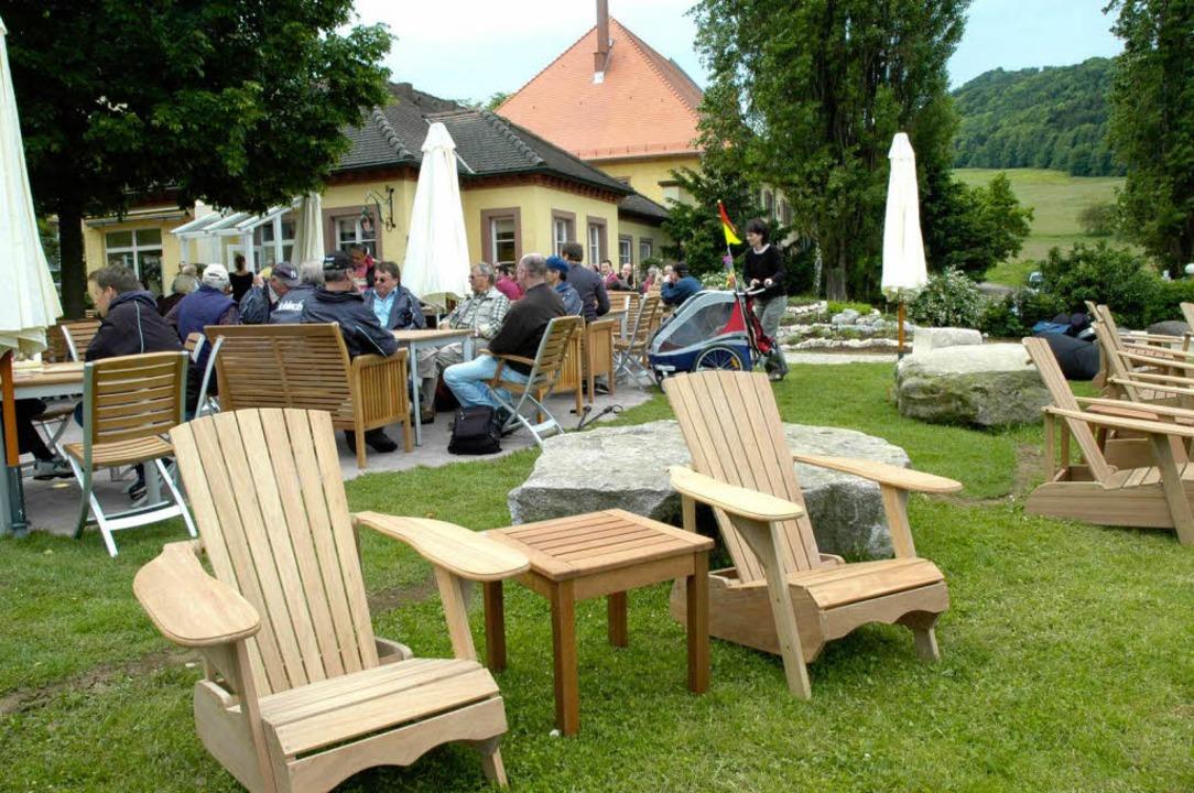 Liegt am Schönberg nah an der Stadt: d...itenschloss, das zu Merzhausen gehört.  | Foto: Brigitte Sasse