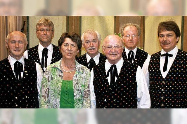 Vier sind 50 Jahre aktiv im Chor