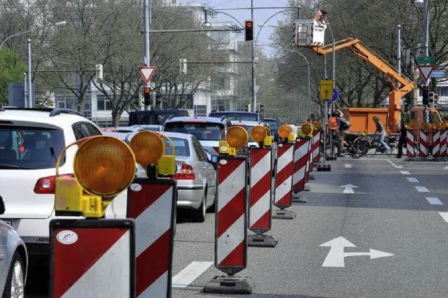 Kreuzung am Bahnhof