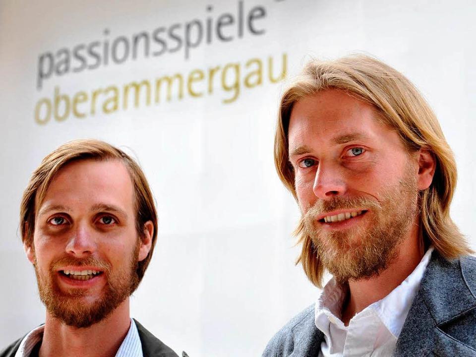 Frederik Mayet (l) und Andreas Richter...en für die Rolle des Jesus ausgewählt.  | Foto: dpa