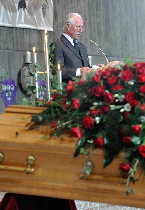 Trauerfeier für Lothar Fischer,  Bürge...ine  nachdenklich stimmende Trauerrede    Foto: Markus Zimmermann-Dürkop