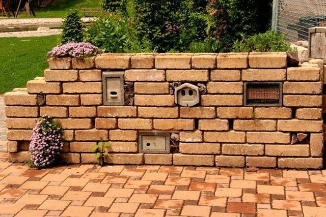 Naturmauer zieht in den Kurpark um