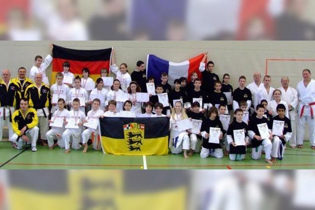 Karatesportler kennen keine Grenzen