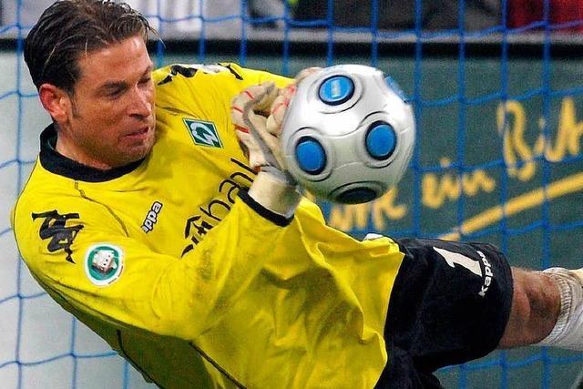 Wiese hält drei Elfmeter – Werder im Finale
