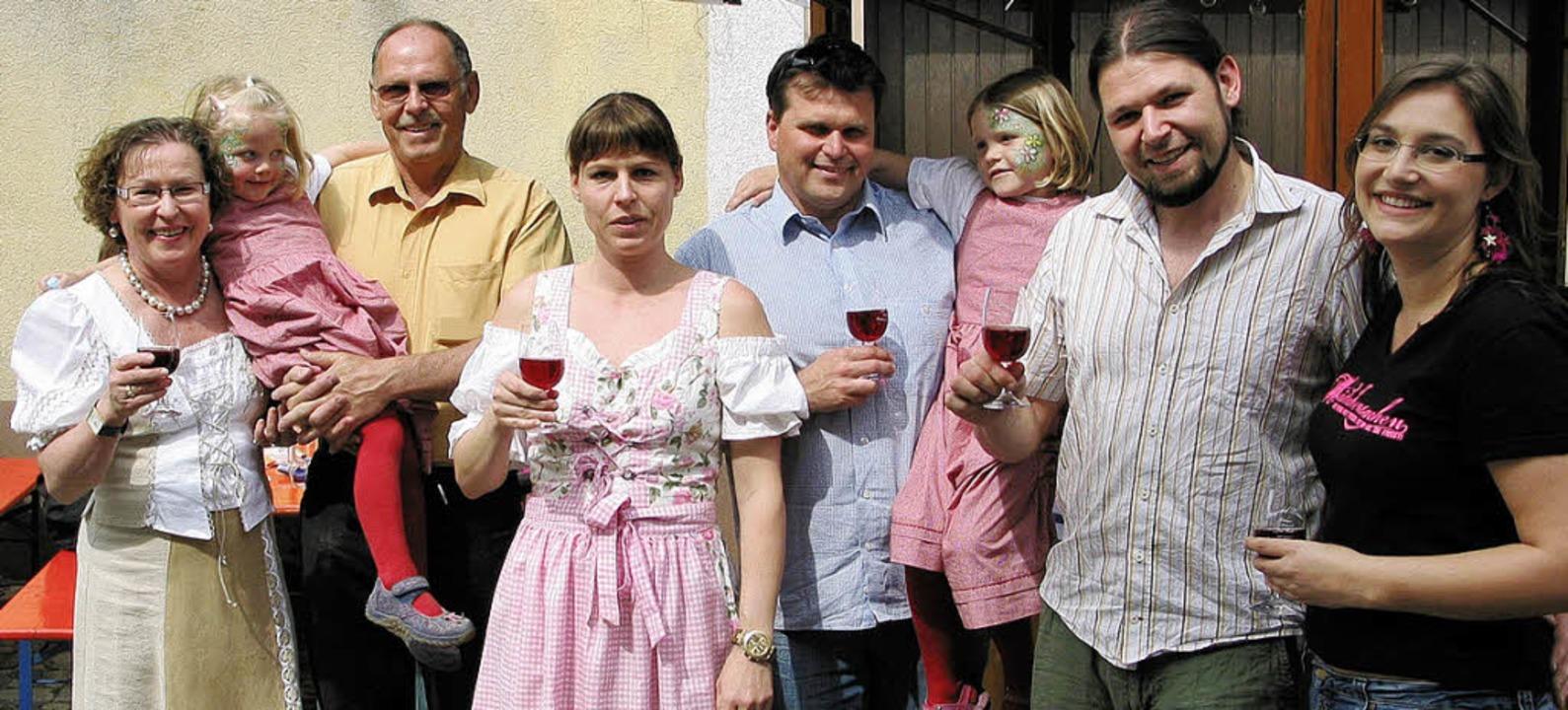 Kurze Verschnaufpause beim Jubiläumswo...oßfamilie Linder am Sonntagnachmittag   | Foto: Christel Hülter-Hassler