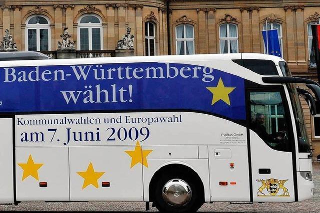 Wahlbus tourt durchs Land