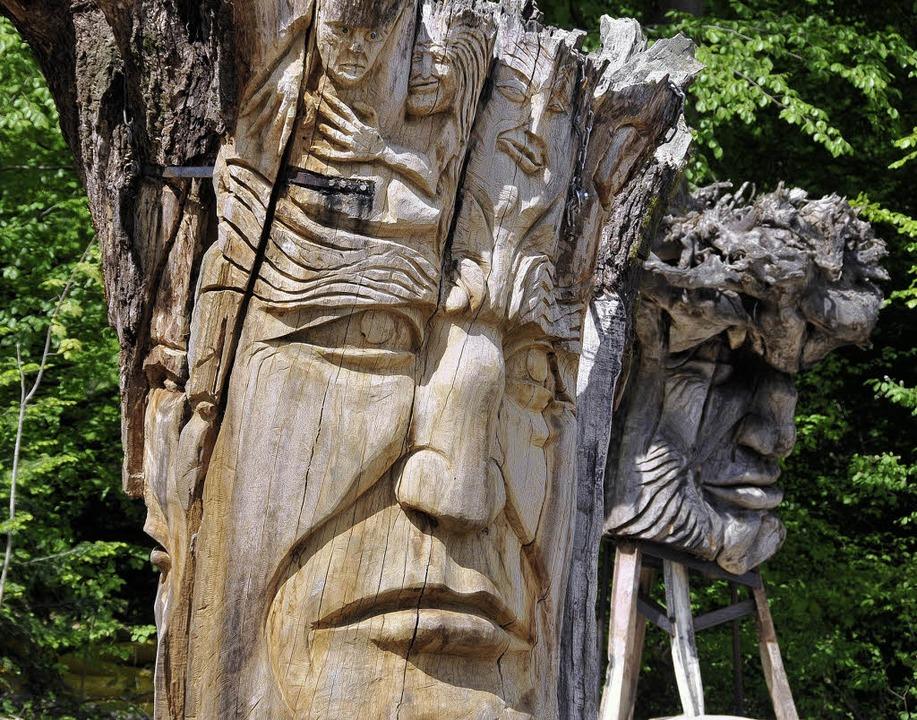 Voller  Geschichten sind die Figuren, ...für den Skulpturenpfad geschaffen hat.  | Foto: ingo schneider