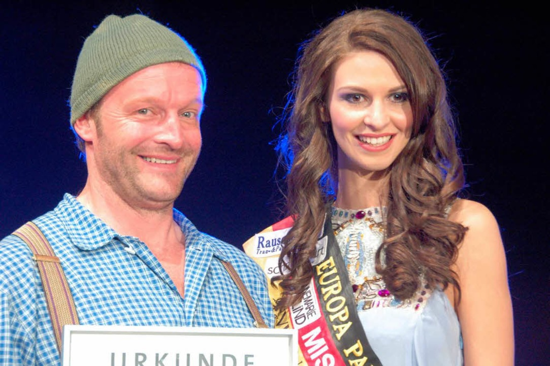 Martin Wangler und Miss Germany Doris Schmitz.  | Foto: Sebastian Barthmes