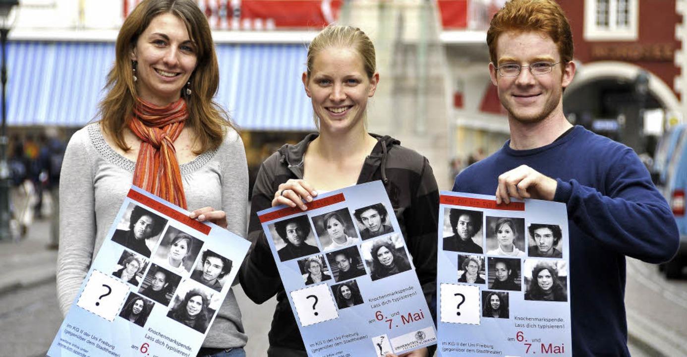 Elena Jochum, Stephanie Eltorp und Jul...tammzelltypisierung zu mobilisieren.    | Foto: INGO SCHNEIDER
