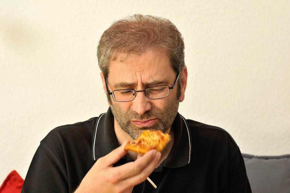 """""""Das ist definitiv echter Käse.""""  Aber: """"Für meinen Geschmack zu herb."""" (Foto: Ingo Schneider)"""